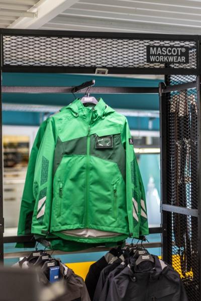 Arbeitskleidung von MASCOT bei Niklaus Baugeräte