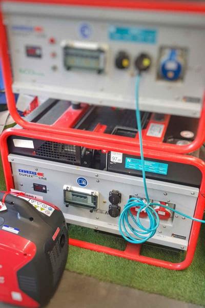 Generatoren von Endress bei Niklaus Baugeräte