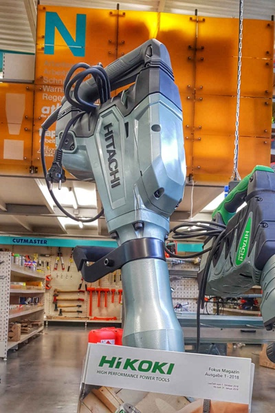Der kraftvolle Abbruchhammer H 65 SD von Hitachi, das nun Hikoki heißt