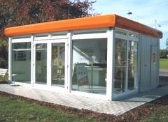 Container mit Glasfront