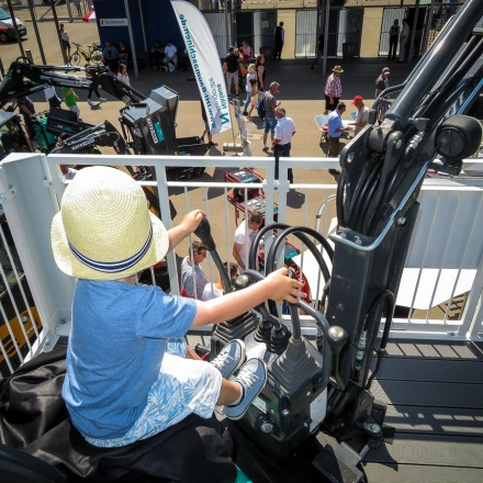 Niklaus Baugeräte auf der Südwest-Messe 2017